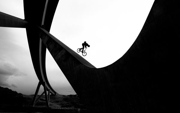 5 Niki Croft - Scotland Bridge_600x