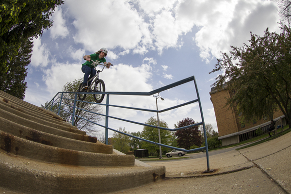 Glenn Salyers hop over to double peg in South Bend, Indaina.