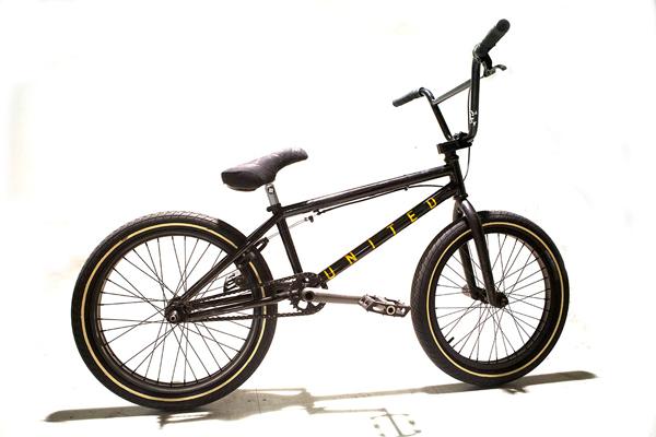 ian_morris_bike_check_600x