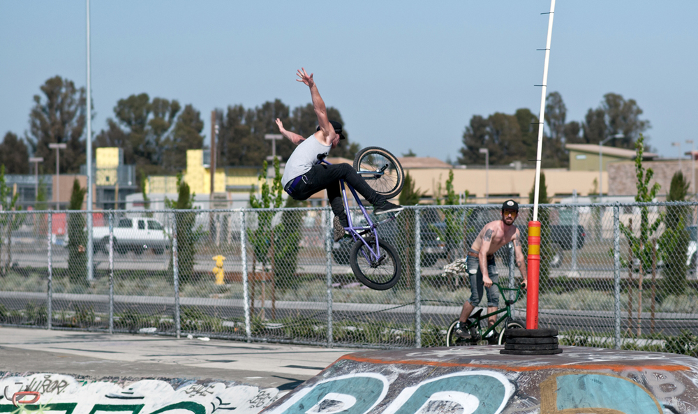 Tyler Lynch boosting his stretched out version of a Tuck no hander.