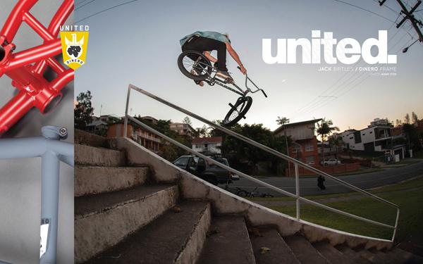 web united site wallpaper dinero oz.indd