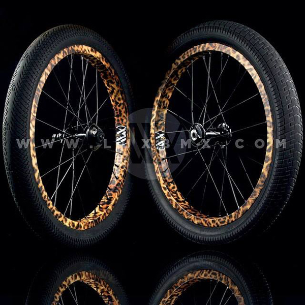 lux_BMX_leopard_wheels