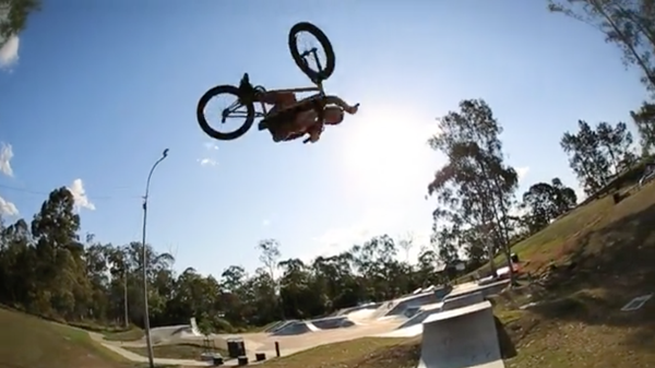 LUX BMX – Justy Bumpstead Arvo at Browns