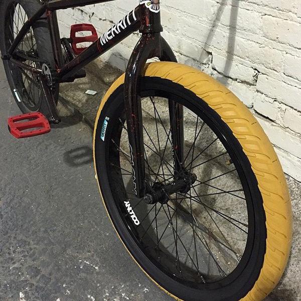 merritt-option-bmx-tire