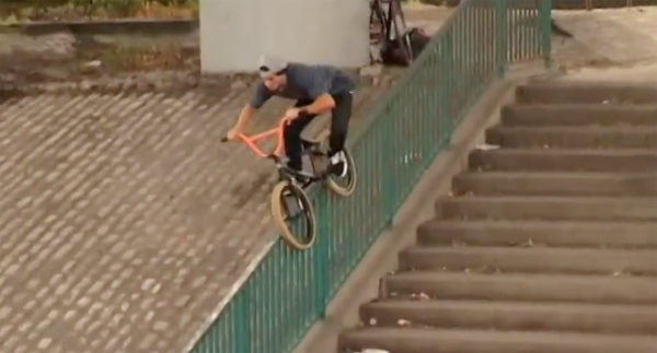 Kriss Kyle Nearly 3 BMX video street