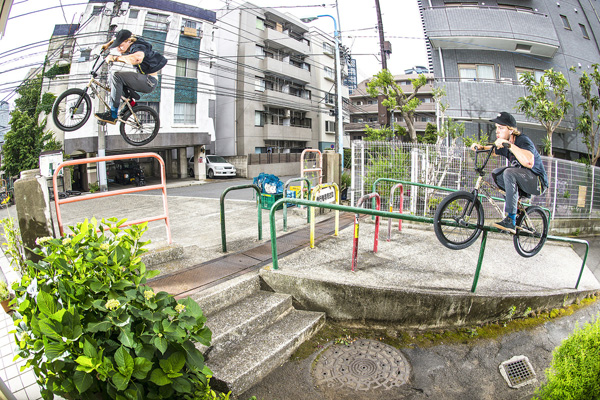 nathan_williams_bmx_switch_pegs_switch_hard_180_tokyo_above_below