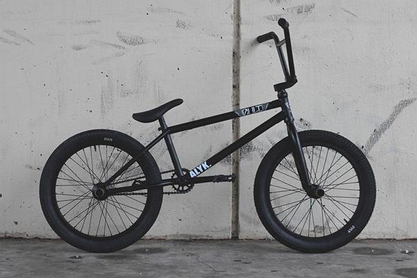 Bobby Simmons Cult BMX bike check