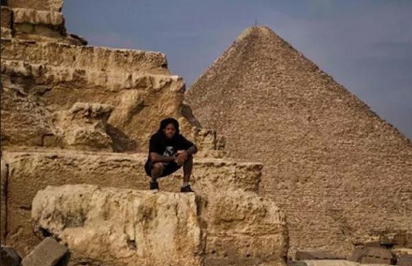 brad-simms-egypt-bmx