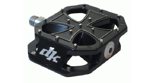 dk-iron-cross-bmx-pedal