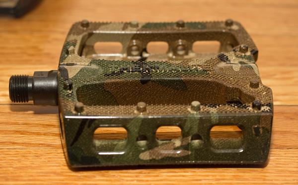 stolen-thermalite-camo-bmx-pedal-3