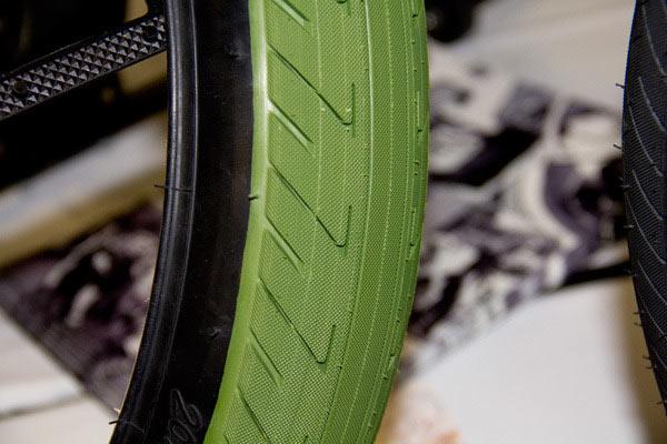 shadow-conspiracy-strada-bmx-tire-green