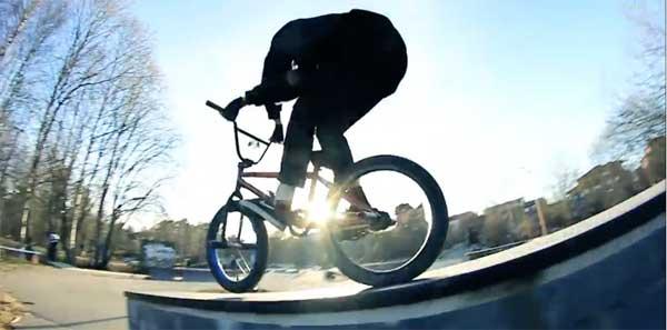 youth-bmx-video-skatepark-plaza