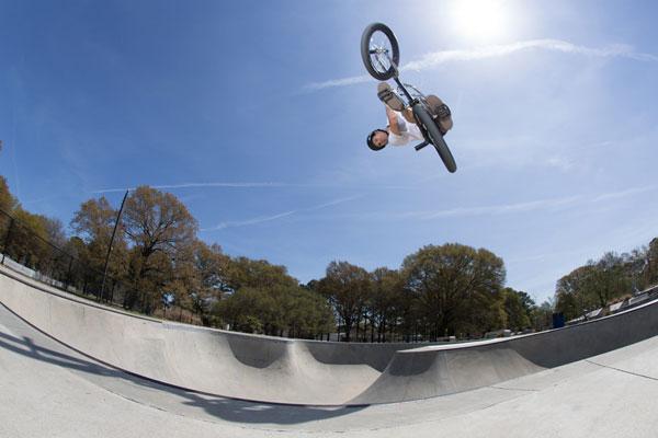 colin-mackay-bmx-skatepark-air