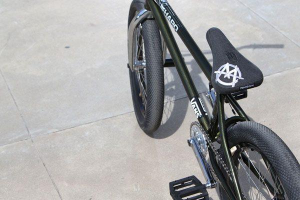 colin-mackay-demolition-markit-bmx-seat-pivotal-bike-check