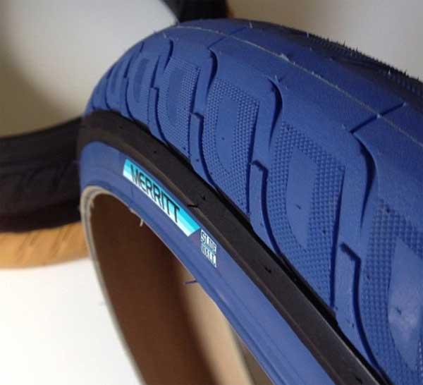 merritt-bmx-option-tire-side