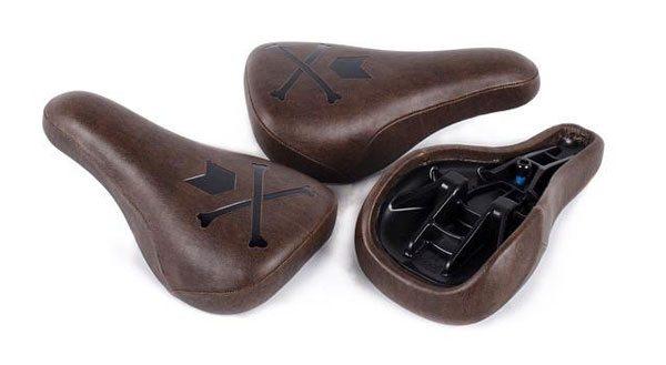 mutiny-bold-tripod-bmx-seat