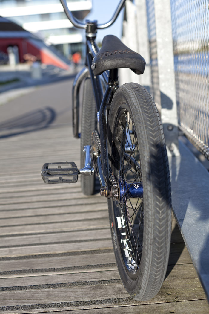 christoph-werner-bmx-bike-check-radio-bikes-back-tire