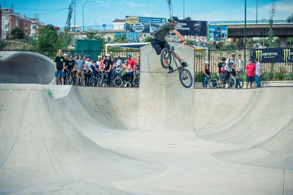 money-for-trick-bmx-2015-turndown