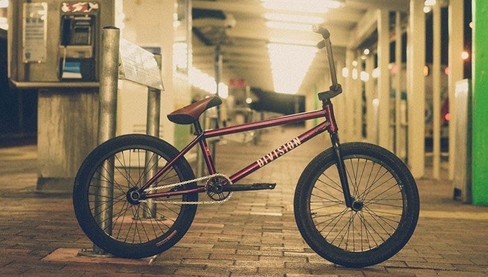 rhys-gogel-bike-check-division-brand-bmx-700x