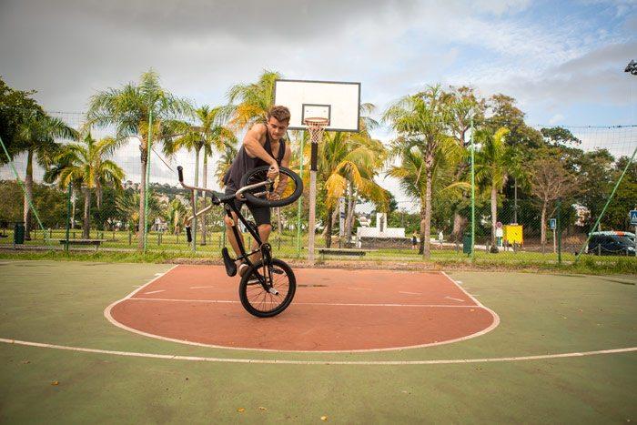 mannie-nogueira-cruise-ship-bmx-basketball-court