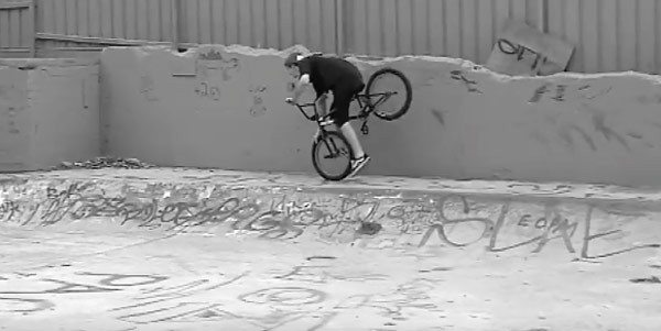 LUX BMX – Tom Stretton: Nose Manual Master