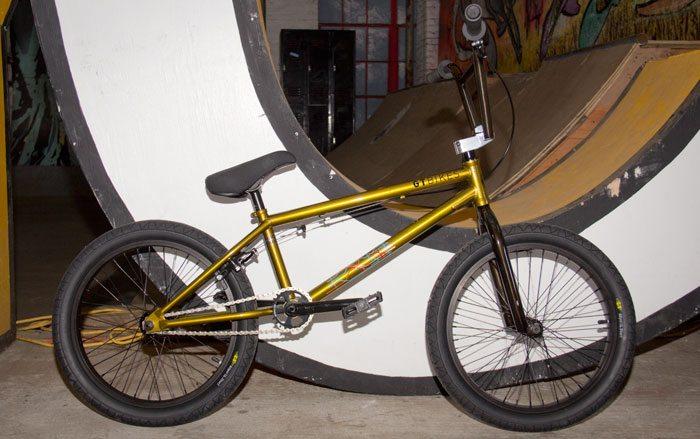 bk-gt-bicycles-2017-bmx-bike-gold-full