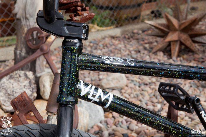 volume-bikes-jason-enns-cerberus-splatter-bmx-frame-detail