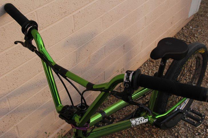 adam-banton-bmx-bike-check-handlebars