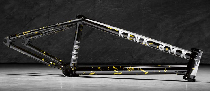 kink-bmx-2017-solace-3-frame-trans-black-gold-splash