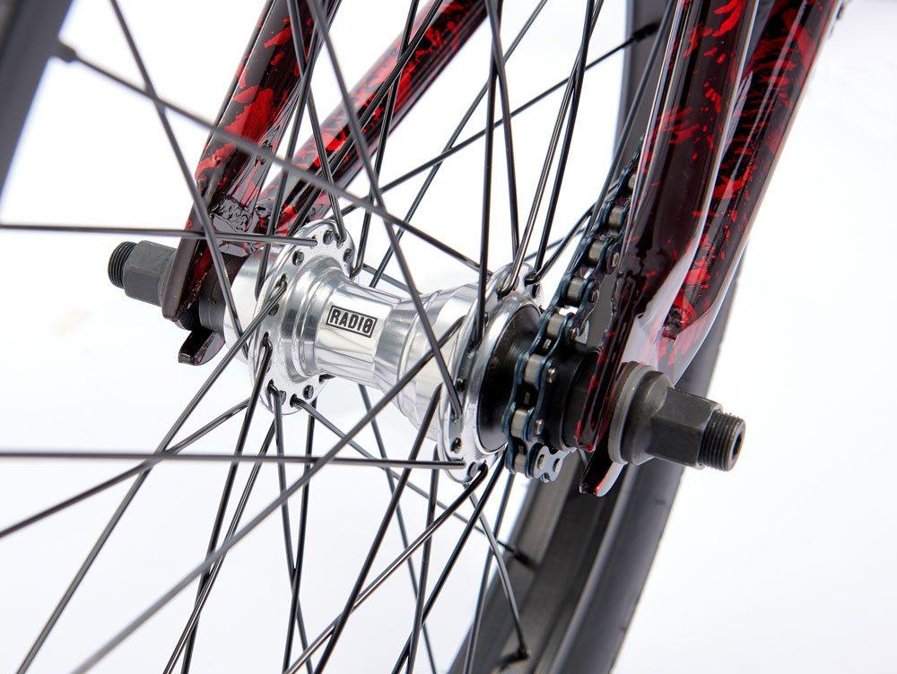 radio-bikes-2017-astron-complete-bmx-bike-red-rear-hub