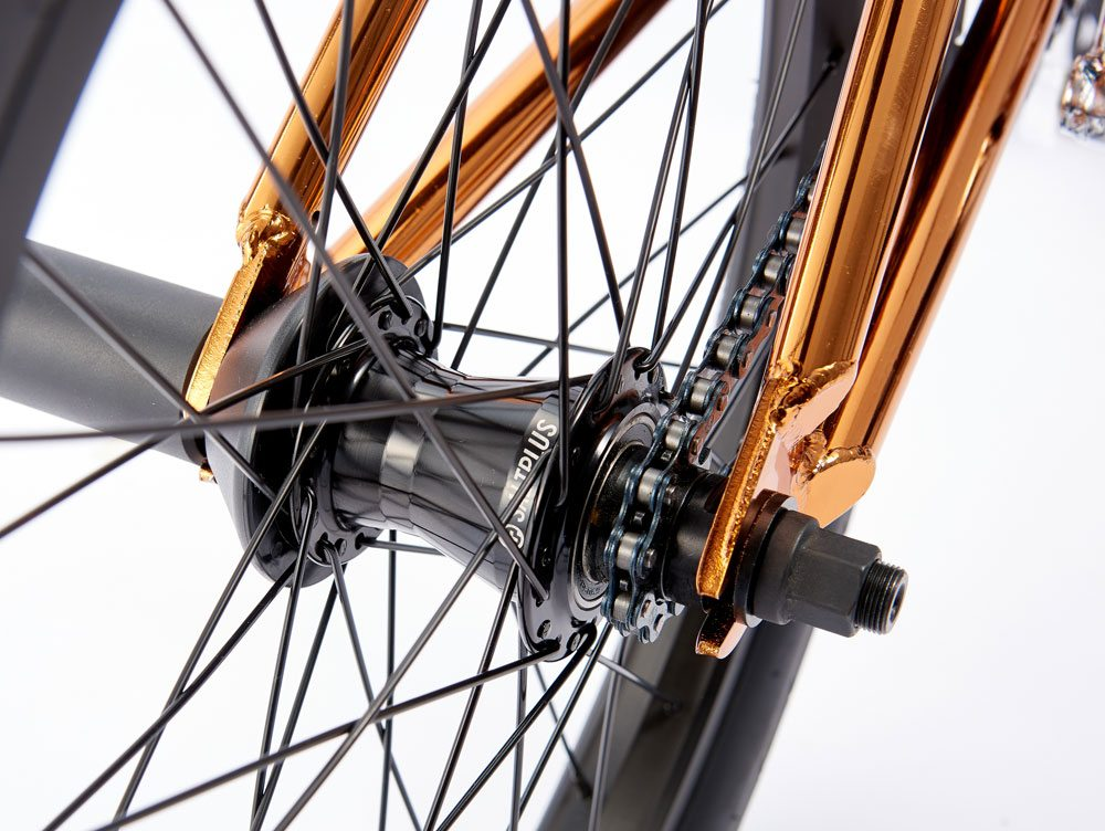 radio-bikes-2017-comrad-complete-bmx-bike-freecoaster-hub