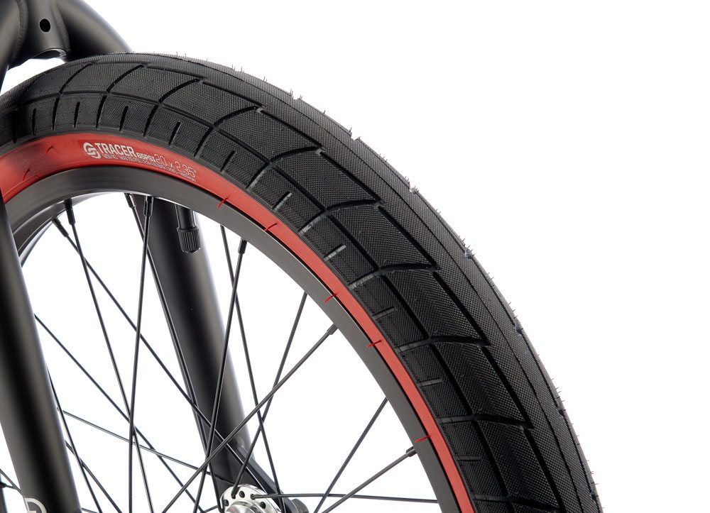 radio-bikes-2017-darko-complete-bmx-bike-black-front-tire