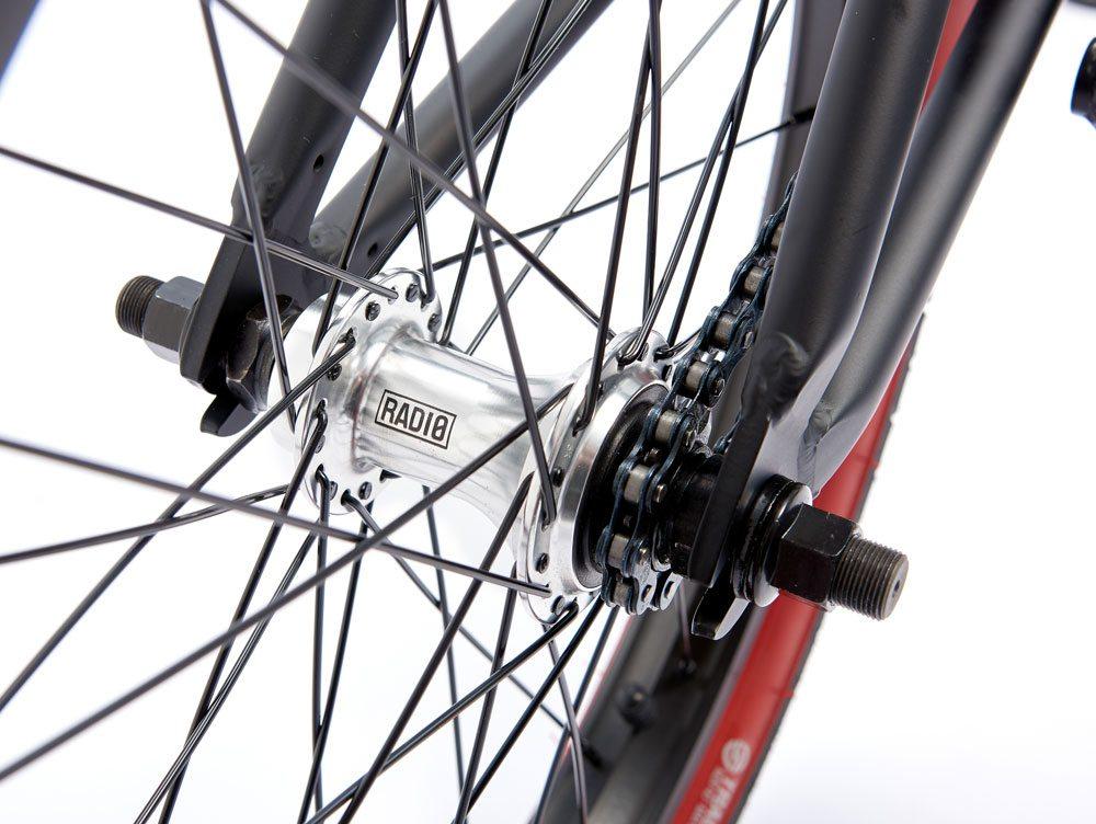 radio-bikes-2017-darko-complete-bmx-bike-black-rear-hub