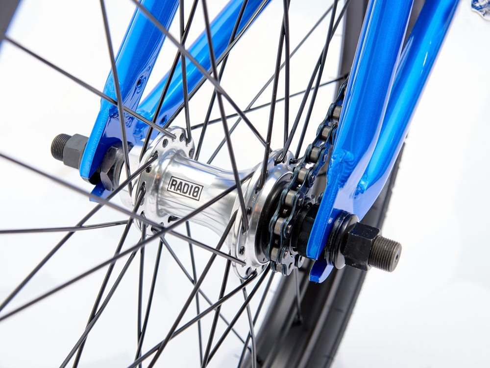 radio-bikes-2017-saiko-complete-bike-blue-rear-hub