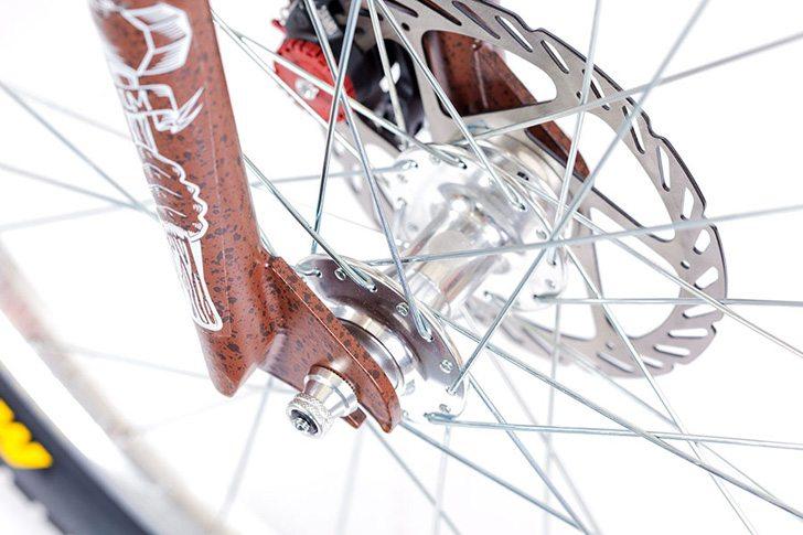 volume-bikes-2017-sledgehammer-26-bike-front-hub