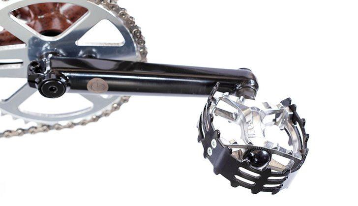 volume-bikes-2017-sledgehammer-26-bike-pedals