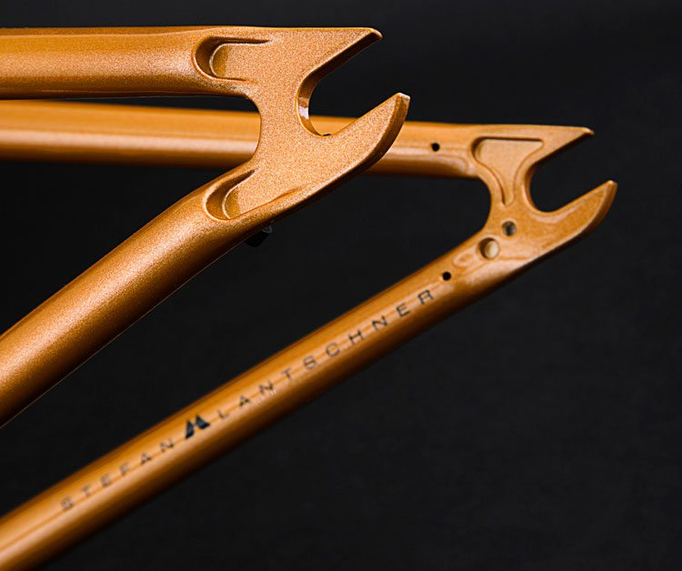 flybikes-2017-montana-bmx-frame-gloss-metallic-orange-dropouts