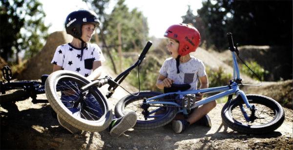 Flybikes – 2017 Neo 16″ and Nova 18″ Complete Bikes Promo