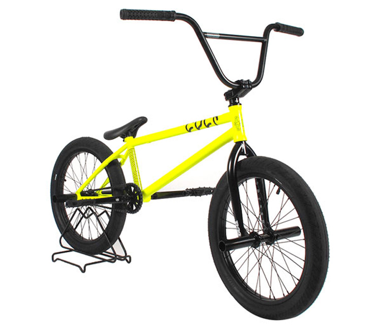 Cult AK Luminous Yellow Bike