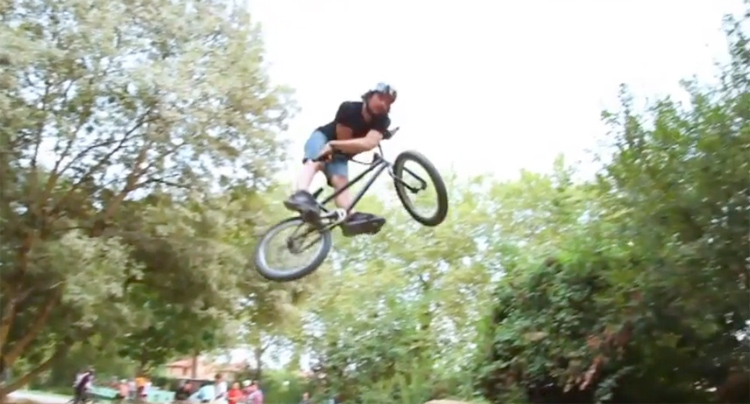Compression BMX France Septembre DVD Intro BMX video