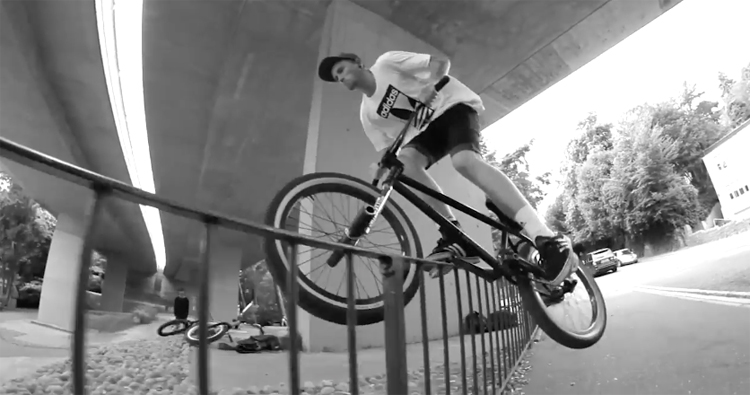 Proper BMX Sam Cunningham Due South BMX video