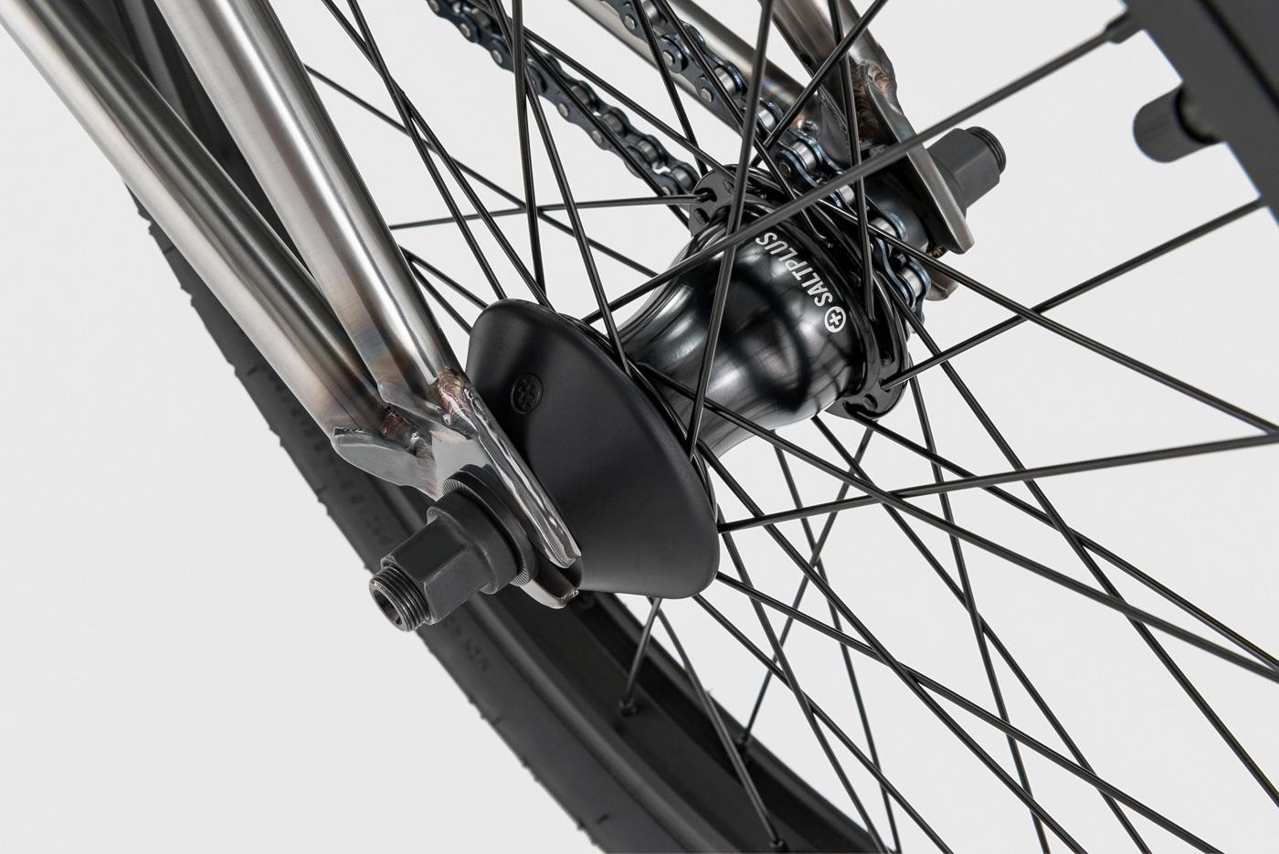 Radio Bikes 2018 Comrad Complete BMX Bike