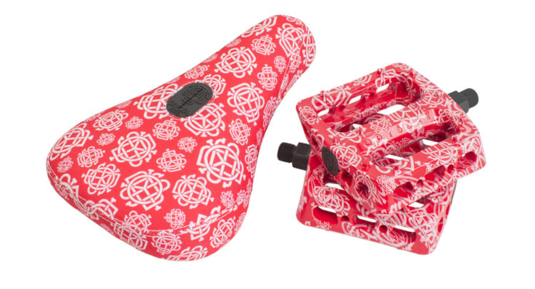 Odyssey BMX – Monogram All-Over Seat and Twisted Pro Pedals