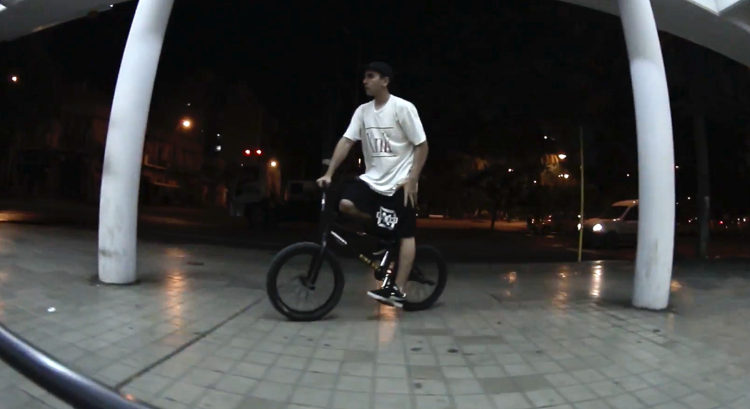 Agustin Gutierrez BMX video