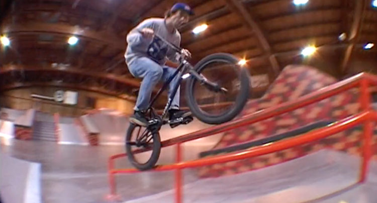 Anthony Perrin Lyon Skatepark BMX video