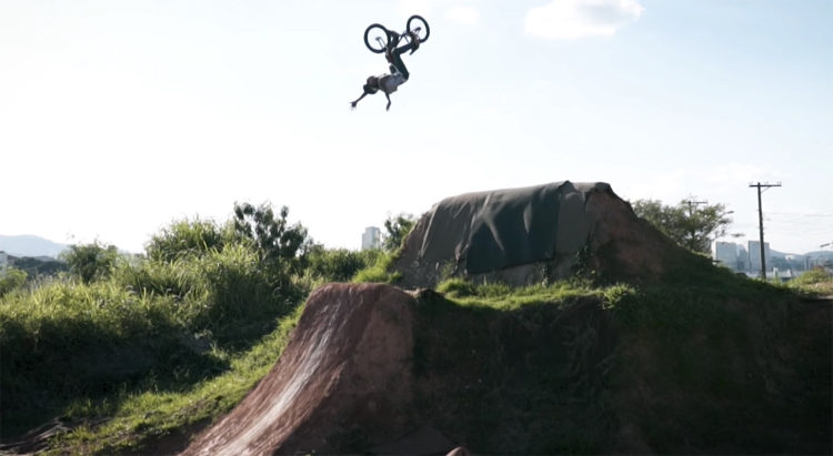Gustavo de Oliveira BMX video