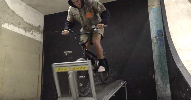 Source BMX – Trey Jones: Getting Loose On A Reasonably Priced Goose