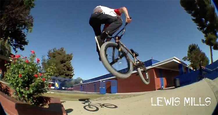 Common Crew Monster Mash Mix Section BMX video
