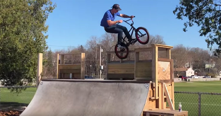 Matt Ray Hadley Skatepark BMX video