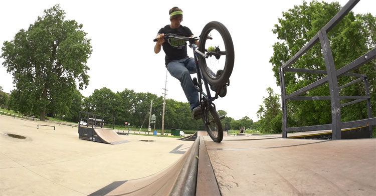 Brant Moore How To Tire Tap BMX video